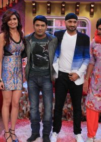 Comedy Nights With Kapil 1st March (2015) 480p 250MB